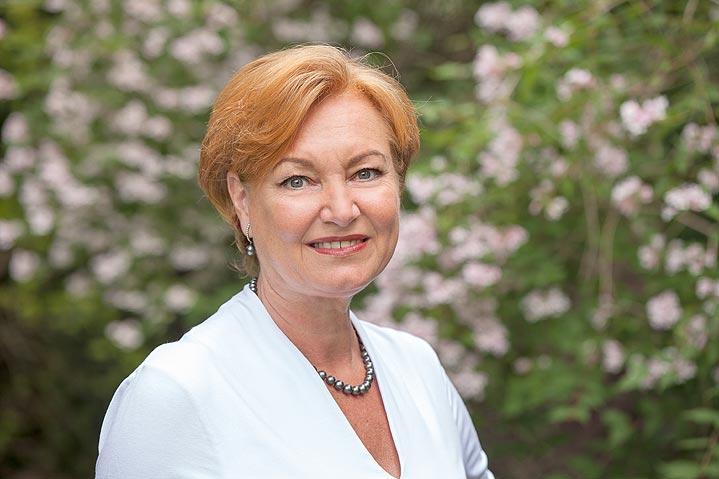 Dr. med. Simone Pasternok